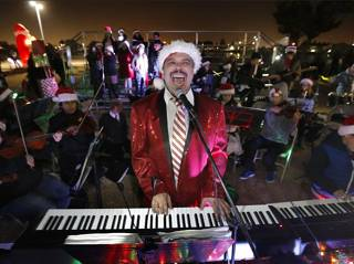 Maestro Garcia at the Holiday Lights on the Lake